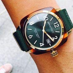 HMS with green sunray dial Sport Chic, Bracelet Nato, E 10, Tortoise Shell, Omega Watch, Bracelets, Fashion