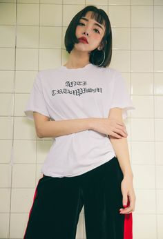 Pre-Damaged Gothic Lettering T-Shirt