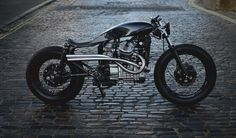 Auto Fabrica's Type 8 Motorcycle Is Terrifyingly Gorgeous. Prepare yourself for this one.