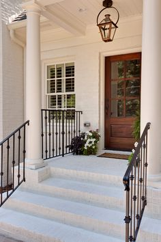 Fascinating Vintage Hanging Gas Lanterns for Front Door Decor - Rockindeco Front Door Porch, Front Door Decor, Brick Porch, Front Porches, Front Entry, Outdoor Light Fixtures, Outdoor Lighting, Lighting Ideas, Outdoor Chandelier