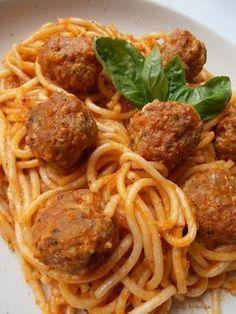 Pork Recipes, Pasta Recipes, Cooking Recipes, Good Food, Yummy Food, Hungarian Recipes, Albondigas, Cauliflower Recipes, Special Recipes