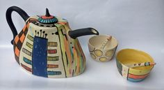 Cécile Brillet, tea pot and cups, stoneware, china clay slips, glaze.