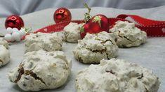 Vepsebol er en julekake med sprø marengs, fylt med mandler og sjokolade. Den er glutenfri og kan varieres ved å tilsette andre typer nøtter. Vegan Vegetarian, Vegetarian Recipes, All Things Christmas, Cookie Recipes, Delish, Panna Cotta, Goodies, Food And Drink, Veggies