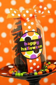 Halloween oreo cookie jar #notricksalltreats