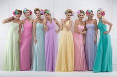 ♥ Rainbow colors for bridesmaids.