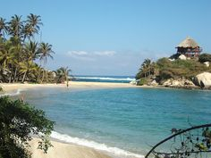 Parque Tayrona, Colombia. Welcome to Paradise by Elsa Gonzalez, via Flickr