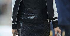 la Fashion Icon & IT Girl Olivia Palermo è stata fotografata per le strade di Manhattan con una una gonna di pelle Milly .http://www.sfilate.it/207907/olivia-palermo-gonna-pelle-milly-bomber-sporty-ny