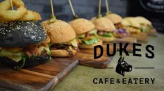 Duke's Café & Eatery Darwin, Hamburger, Dining, Eat, Ethnic Recipes, Food, Essen, Burgers, Meals