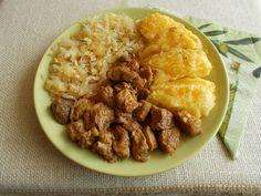 Lecsi-pecsi dinsztelt káposztával Polenta, Grains, Rice, Food, Essen, Meals, Seeds, Yemek, Laughter