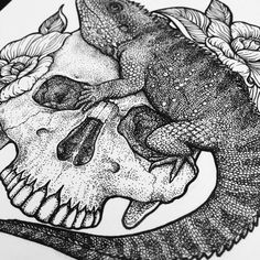 A close up of 'Worshiper of the Sun' 🔎💀🦎  .limited edition prints available, link in my bio .  .  .  #illustration #blackwork #darkillustration #ink #inkwork #drawing #tattoo #sketch #stippling #crosshatching #art #reptile #skulls #macabre #lizard #details #dotwork