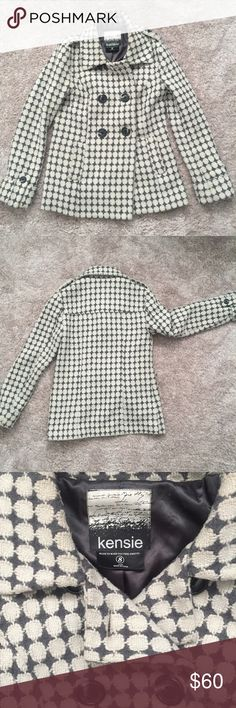 LAST CALL 💌 Kenzie Pea Coat MOVING SALE! ✈️📦 ALL ITEMS WILL BE GONE AT THE END OF THIS MONTH • Cute patterned gray and off white PeaCoat from Kensie. Purchased from Macy's. Size small. Kensie Jackets & Coats Pea Coats