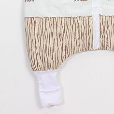 """Sac de dormit """"Safari"""". Sac de dormit cu picioare de iarnă pentru bebelușii care încep să meargă și copii Grosime – 2.5 tog – este recomandat pentru temperatura camerei între 18-22 °С. Căptușit. - Șosete integrate pentru serile mai reci - Banda elastică de sub braț - așa sacul vine mai bine pe corpul copilașului - Fermoar YKK cu închidere în fața #sacdedormitcopii, #sacdedormitcupicioare, #saculetifermecati, #saccopii, #copii, #somncopii, #copiidezveliti, #NightKnight Christmas Stockings, Holiday Decor, Baby, Newborn Babies, Infant, Baby Baby, Doll, Babies, Infants"""