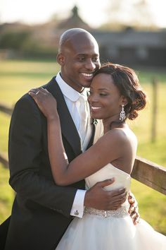 Real Wedding: Sunny side up   Dola and Shola brightened their mansion venue with cheerful yellow touches