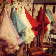 Petticoats... never too many! Vintage Lingerie, Vintage Lace, Dreamboats And Petticoats, Spanish Style Weddings, Petticoat Junction, Frou Frou, Lace Ruffle, Sugar And Spice, Playing Dress Up