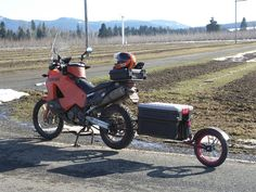 Want to know more about motorcycle camping gear harley davidson Check the webpage to get more information Motorcycle Trailer, Motorcycle Camping, Camping Gear, Motorcycle Touring, Ktm Adventure, Motorcycle Adventure, Ktm 690 Enduro, Expedition Trailer, Scooter Bike