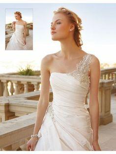 Casablanca Bridal 2050 Wedding Dress