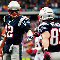 Tom Brady & Wes Welker #Patriots I'm gonna miss this!!!!!!!!!!!! :(