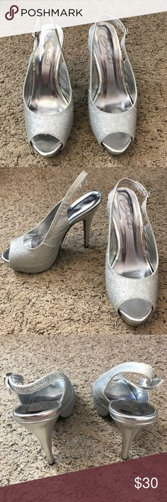 """Michaelangelo Glitter Pumps Been worn one time for a couple hours. No signs of wear. 4"""" heel. Glitter open toe pumps with silver accessories. Perfect condition! Michaelangelo Shoes Heels"""