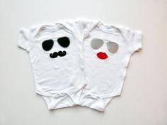Twins Baby Onesie Gift Set Mustache Sunglasses and Lips Diva and Dude Twin Baby Clothes, Twin Baby Boys, Boy Girl Twins, Twin Babies, Cute Baby Onesies, Baby Shirts, Baby Kind, Baby Love, Baby Baby