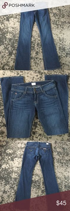 "Signature Bootcut 19"" Leg Opening Jeans TRX Wash Excellent condition. Inseam- 35"". Rise- 8"". Waist across front without dip- 16 1/2"". Hudson Jeans Jeans Boot Cut"