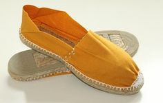 #Men's summer shoes. Classic Flat Spanish Espadrilles Men | Spanish Shoes | Spanish Crafts - SPANISH SHOP ONLINE | SPAIN @ your fingertips