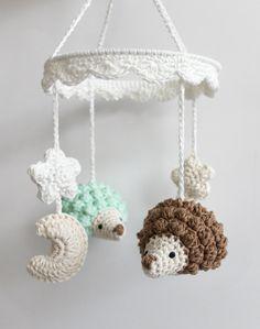 Mobile pour bébé Crochet hérisson Mobile Mobile lit par HOOKAshop