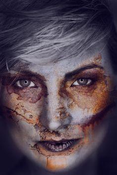 Cracked - Marlene with rusty skin