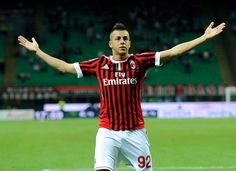 """El Shaarawy said, """"I appreciated what the president said about me. His compliment was similar to what Mr Galliani said a few days ago. I feel that I am held in consideration by those around me, they have confidence in me. Manchester City, Arsenal, Sports Stars, Ac Milan, One Team, Football Players, Compliments, Champion, T Shirt"""
