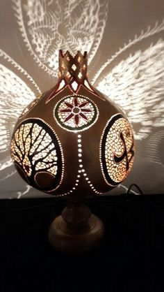 #sukabagi #gourdlamp #renkler #ahsaptasarim #evdekorasyon #bahce #dizayn #hatay #samandag #kelebekler #çiçekler #sanat #sanatci #boncuk #ahsaptasarim #evdekorasyon #bahce #dizayn #hatay