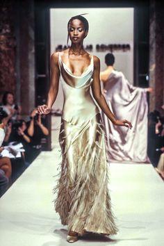 90s Fashion, Runway Fashion, High Fashion, Fashion Show, Vintage Fashion, Fashion Outfits, Fashion Design, Trendy Fashion, Stephane Rolland
