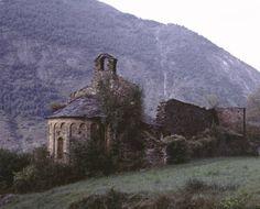Runes del Monestir de Sant Pere de Burgal Autor José Guiu, Camil, 1937-1991 Data del document original 1972-09