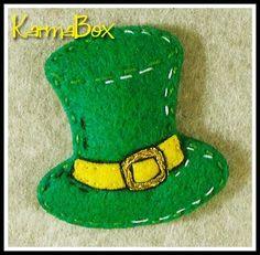 St. Patrick's Day Leprechaun hat hair clip.