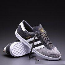 Zapatillas Adidas Hamburgo Original´s- Tallas 8.5,9.5us