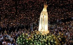 Our Lady of Fatima: The Virgin Mary promised three kids a miracle that gathered to see Fatima Portugal, Jean Paul Ii, Lady Of Fatima, Catholic Prayers, Blessed Mother, Mother Mary, Three Kids, Roman Catholic, Virgin Mary