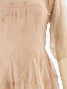Evening dress Madeleine Vionnet  (French, Chilleurs-aux-Bois 1876–1975 Paris)  Date: ca. 1937 Culture: French Medium: silk. Detail