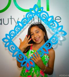 """pose with a frame Photo 1 of spa pamper party / Birthday """"Victoria's Nail Spa Party"""" Kids Pamper Party, Spa Day Party, Sleepover Party, Party Time, 10th Birthday Parties, 5th Birthday Party Ideas, 8th Birthday, Festa Party, Decoration"""