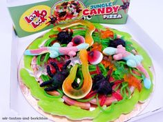 Look-O-Look Jungle Candy Pizza