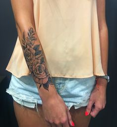Ideas on how to maximise your clues about arm tattoo Outer Forearm Tattoo, Forearm Flower Tattoo, Small Forearm Tattoos, Forearm Sleeve Tattoos, Best Sleeve Tattoos, Foot Tattoos, Flower Tattoos, Inner Forearm, Girly Sleeve Tattoo