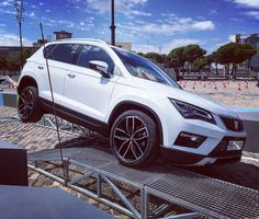 Driving the all-new Seat Ateca on a parkour in Barcelona. #offroad #4x4 #seat #seatateca #seatsuv #car #auto #autovideoreview #cars #suv #spain @seat_de @seat_official #test #testdrive #driving #barcelona