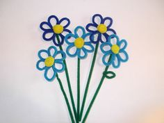 9 Tips on How to Make Pipe Cleaner Flowers - wikiHow