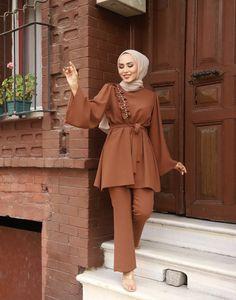 Hijab Chic, Sewing Clothes, Peplum Dress, Closet, Dresses, Fashion, Vestidos, Moda, Armoire