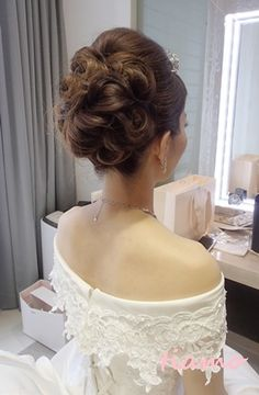 Wedding Party Hair, Wedding Make Up, Bridal Hair, Wedding Dresses, Evening Hairstyles, Party Hairstyles, Wedding Hairstyles, Japanese Hairstyle, Great Hair