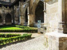 #Cloitre de la #cathedrale Saint Etienne de #Cahors #Lot #SudOuest #MidiPyrenees #France #Voyages #Vacances #Travel #Holidays #cloister #cathedral www.tourisme-cahors.fr Photo : Romain Péroua