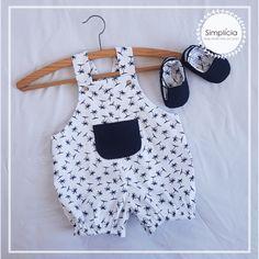 Baby Boy, Baby Kids, Chico Baby, Baby Girl Dress Patterns, Maria Clara, Diy Doll, Trendy Baby, Baby Wearing, Girls Dresses