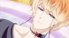 -Ay Dioh mío tenía que ser Sakamaki ;-; tan sensuales todos :v (tu)