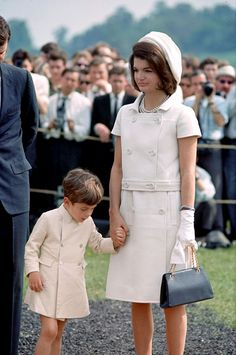 While we're forever inspired by European royals style stateside, one major European princess seems to quite inspired by one of our very own (albeit... John Kennedy Jr, Jacqueline Kennedy Onassis, Estilo Jackie Kennedy, Jackie O's, Jaqueline Kennedy, Les Kennedy, Jfk Jr, Jacklyn Kennedy, Jacqueline Kennedy Jewelry