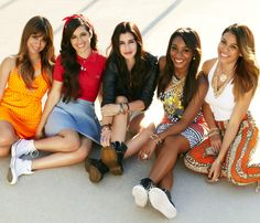 See Fifth Harmony pictures, photo shoots, and listen online to the latest music. Ally Brooke, Fifth Harmony Fotos, Fifth Harmony Camren, My Girl, Cool Girl, Hamilton, Fith Harmony, Disney Music, Best Dance