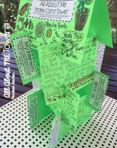 All About Me Index Card Towers! Make these with your students the first week of school so that everyone can get to…