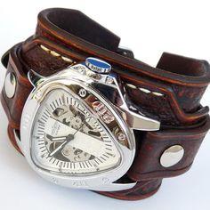 Steampunk Vintage Mens Leather Cuff Watch by loversbracelets