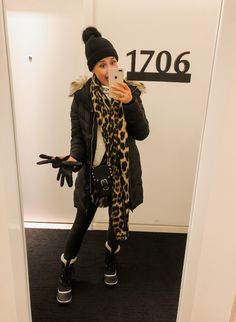 6066dcc2597e28 Houston Fashion blogger Uptown with Elly Brown shares what to wear to stay  warm when in